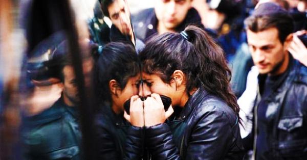 La tragedia de Toulouse ocurrió cuando Mohammed Merah, un fundamentalista islámico, abatiera a 4 civiles y 3 soldados en la escuela judía Ozar Hatorah, además de dejar 5 heridos. Estos hechos le dio a la campaña de Sarkozy un último empujón que no fue suficiente para derrotar a Hollande.</p><br /><p>Fuente: Yahoo News