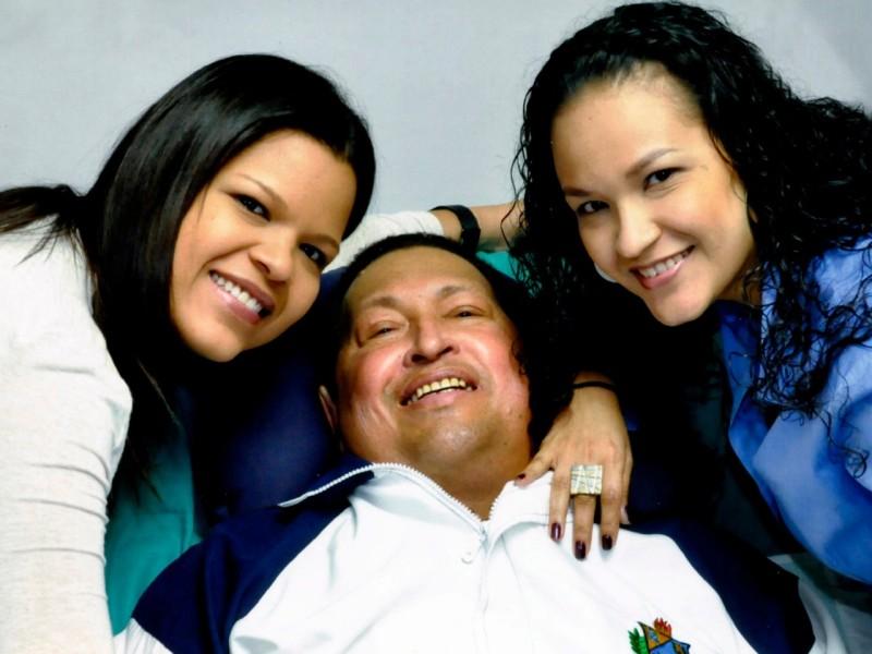 Esta es la última imagen que se tiene del presidente Chávez con vida. Fue difundida el mes pasado.Fuente: The Associated Press