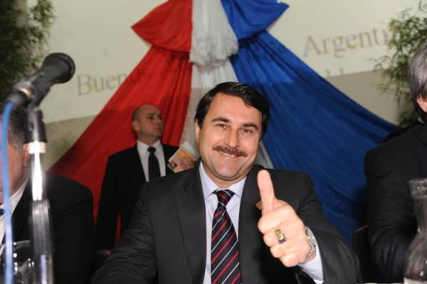 Federico-Franco-presidente-Paraguay-Clarin_CLAIMA20120622_0248_19